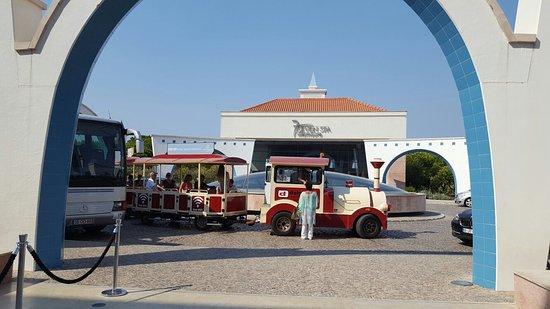 Hilton Vilamoura As Cascatas Golf Resort & Spa: 20160809_103650_large.jpg