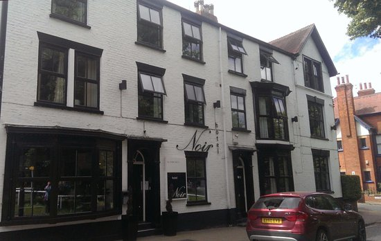Clifton, UK: The hotel from outside