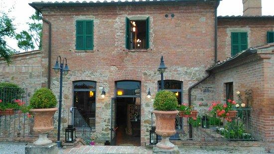 Ristorante Villa Nottola: IMG-20160529-WA0016_large.jpg