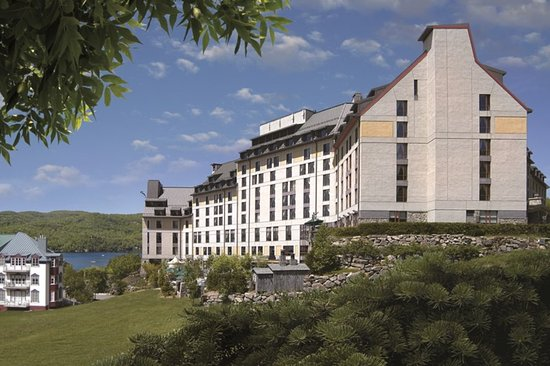 ‪Fairmont Tremblant‬