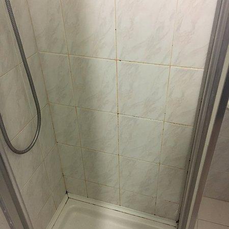 Grand hotel excelsior senigallia prezzi 2017 e recensioni - Muffa nella doccia ...