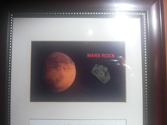 Sinnar, India: mars rock