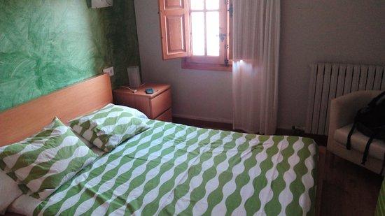 Aisa, Spagna: La cama es muy baja