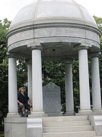 Woodlawn Cemetery Detroit Tripadvisor