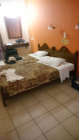Apollon Hotel Apartments Photo