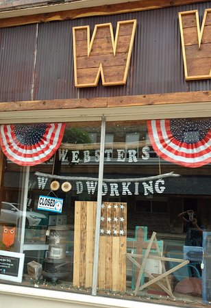 ‪Webster's Woodworking‬
