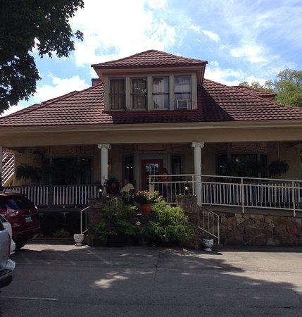 Ellendale's Restaurant: photo1.jpg
