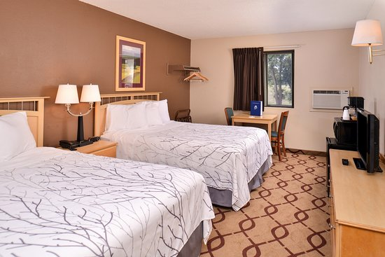 #Americas Best Value Inn- South Sioux City: 2 Queen Beds