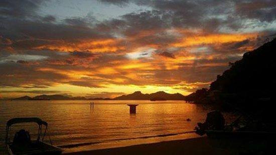 Itacurussa, RJ: Praia Grande, Por do Sol