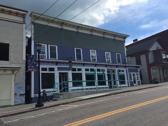 มอร์ริสวิลล์, เวอร์มอนต์: Rogue Cafe, Morrisville