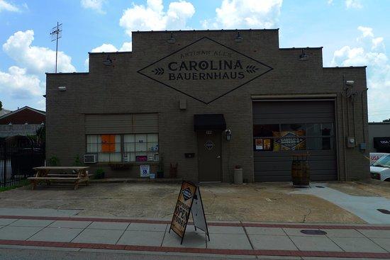 Anderson, SC: Outside Carolina Bauernhaus Brewery
