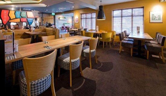 Premier Inn Basingstoke West (Churchill Way) Hotel: .
