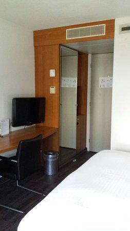 Inntel Hotels Rotterdam Centre: 20160815_124307_large.jpg