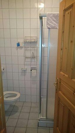 Altheim, Austria: Zimmer mit Balkon Nr. 111