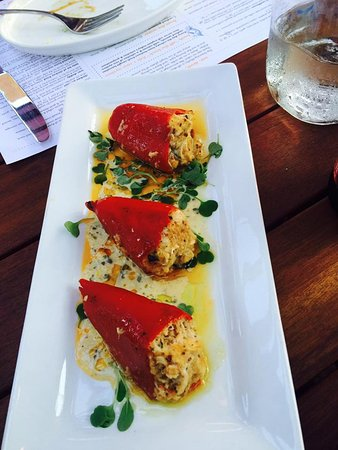 Frankfort, IL: Crab stuffed red peppers