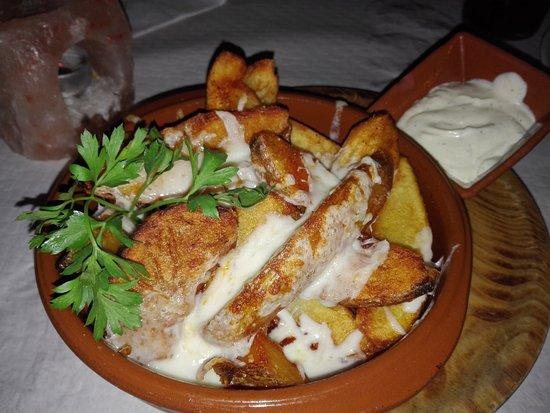 Niguelas, Spanje: Patatas Gratinadas