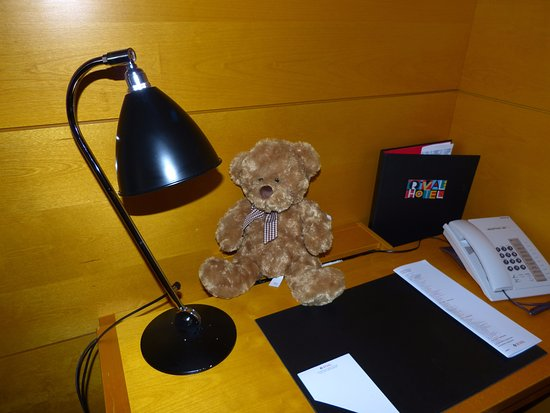 Hotel Rival: Desk area, complete with teddy.