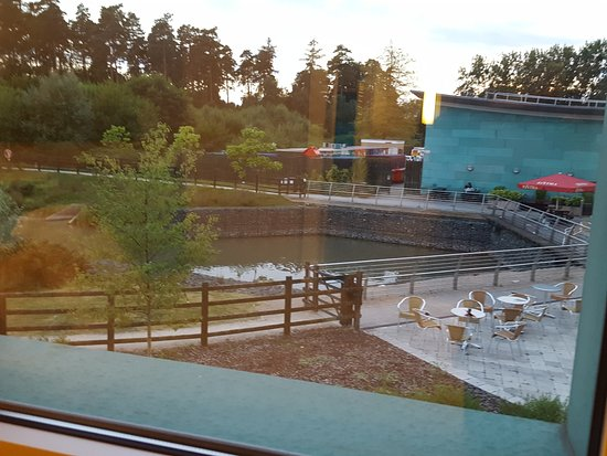 Hotel ibis budget Beaconsfield : View from room 155
