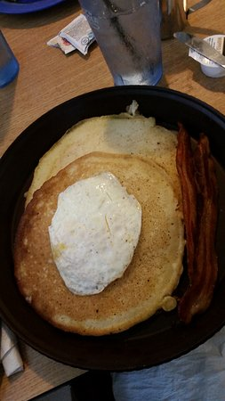 Omaha, AR: Out of this world pancakes