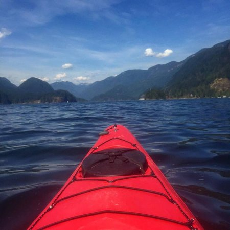 North Vancouver, Canadá: heading into Indian Arm by Jug Island