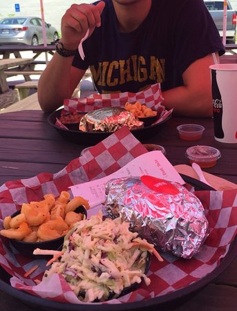 Cockeysville, MD: Brisket sandwich & Sides