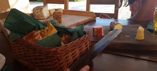 Krnica, Croácia: Leckerer Käse