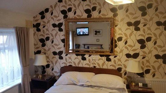 Pembroke Hotel: Room 9 (double en-suite)