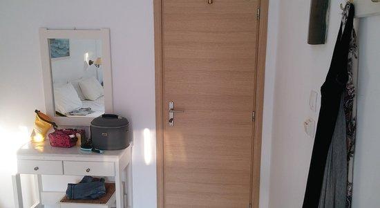 Aegeo Inn : Room.
