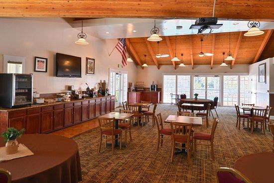 Best Western Capistrano Inn : The BW Capistrano Inn Breakfast Room