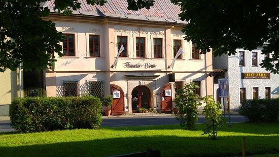 Horni Blatna, República Checa: Restaurace Faustův dvůr