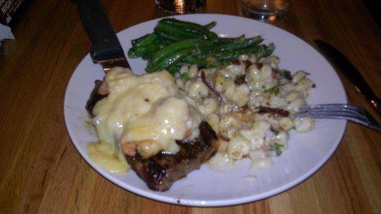 Applebee's: steak and 3 cheese macaroni