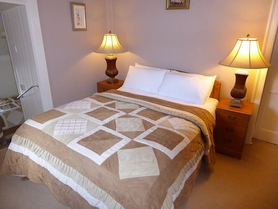 Linsfort Guest House B&B: Guest Bedroom