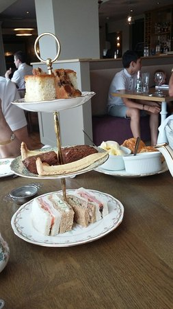 Derbyshire, UK : Afternoon Tea