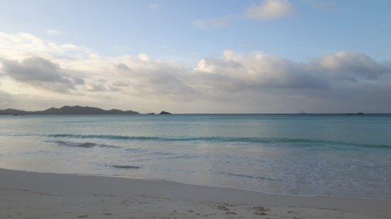 Acajou Beach Resort: spiaggia cotê d'or
