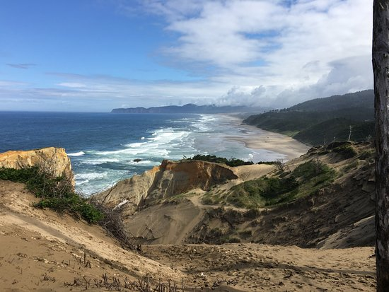 Pacific City, Oregón: view from the top of the dune area