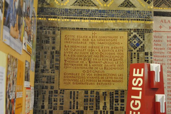 Église Saint-Julien: Mosaico
