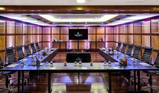 Renaissance Sao Paulo Hotel: Labrador Boardroom