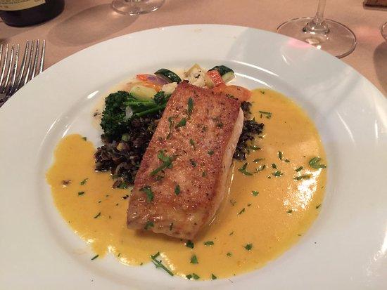 Silverton, Oregón: Super Salmon dish
