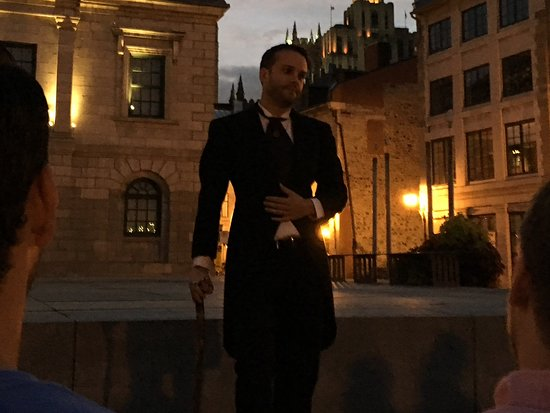 Fantomes Montreal Ghosts : Our guide, Mr. E
