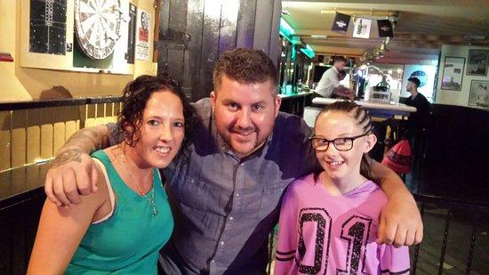 Christy's Irish Bar: 20160814_013624_large.jpg