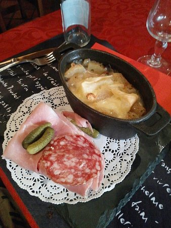 Fontcouverte-la-Toussuire, Prancis: La table du Grizzly - tartiflette du menu -12ans_large.jpg