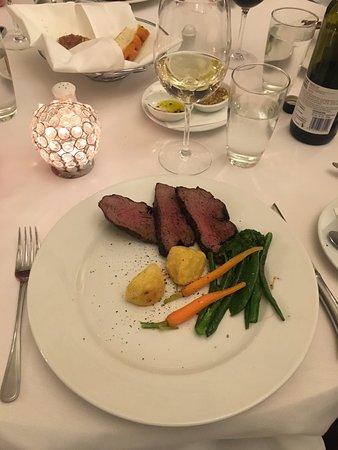 Whakapapa, Nya Zeeland: Half of the Chateaubriand Steak - appalling, small serve for $85