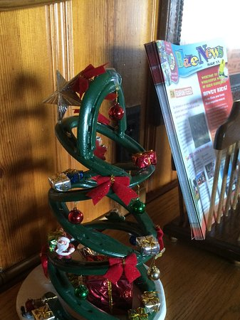 Flying E Ranch: Christmas tree made of horseshoes!!!!