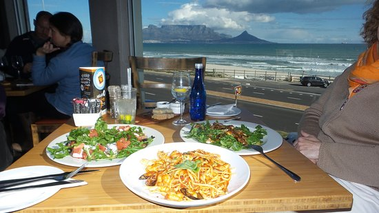 Table View, Sør-Afrika: Really worth the view!!