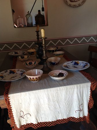 Benito Juarez Home (Casa de Benito Juarez): Dining table