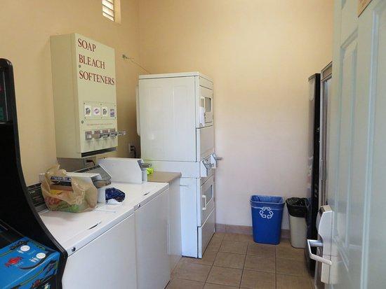Old Town Inn: Laundry