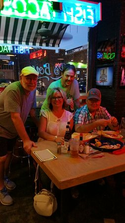 Hoochies Oyster House : 20160815_203218_large.jpg