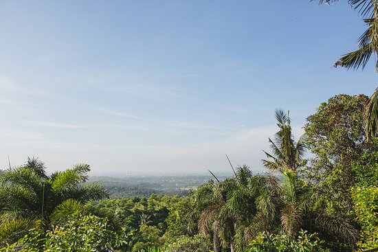 Imaj Private Villas Lombok : View from villa toward villages