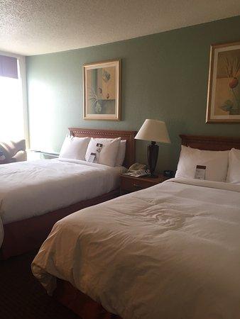 DoubleTree by Hilton Hotel Milwaukee Downtown: photo0.jpg