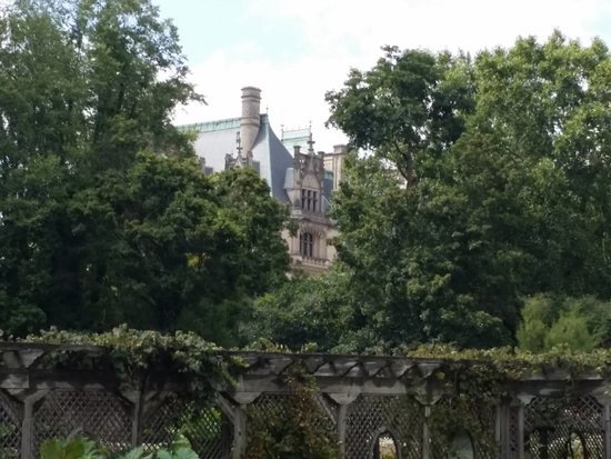 Biltmore: View from the gardens